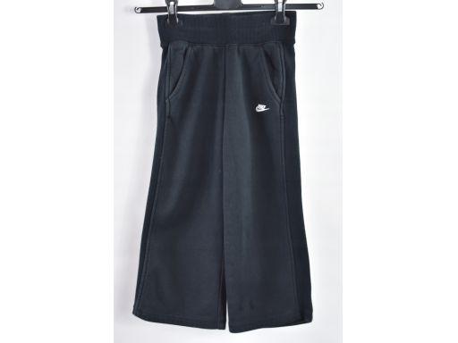 Nike dziewczęce spodnie dresowe czarne r.116-122