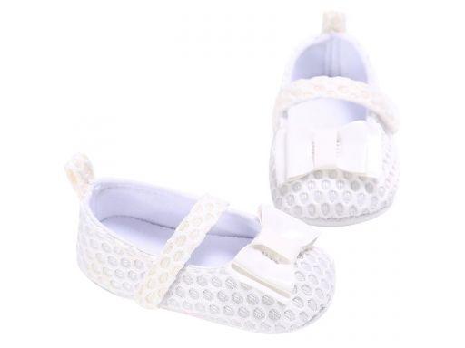 Przepiękne koronkowe buciki - 6-12 miesięcy (4)*