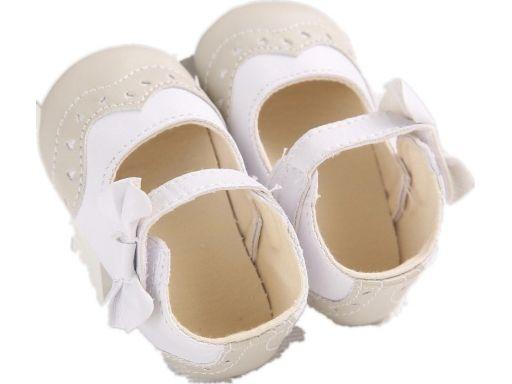 Przepiękne biało-beżowe buciki 12-18 m 3*