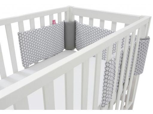 Ochraniacz na rzepy do łóżeczka 3-ele. motherhood